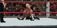 Styles-Gable (RAW Ep.7) (5)