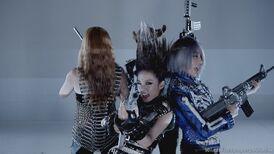 CL-Sandara-Park-Gong-Min-ji-Park-Bom-3-I-am-The-Best-K-Pop-2NE1-Wallpapers