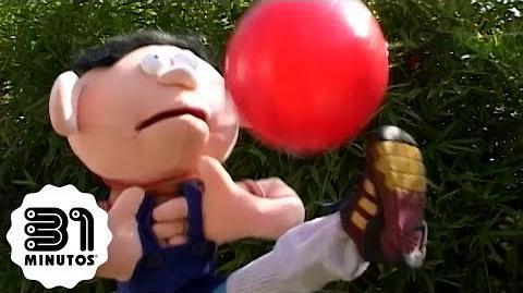 Señora, devuélvame la pelota o si no, no sé que haré