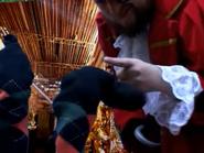 Pirata decidiendo entre Ramón y César