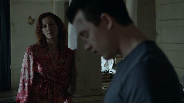 Svetlana and Mickey / S04E12 / Shameless