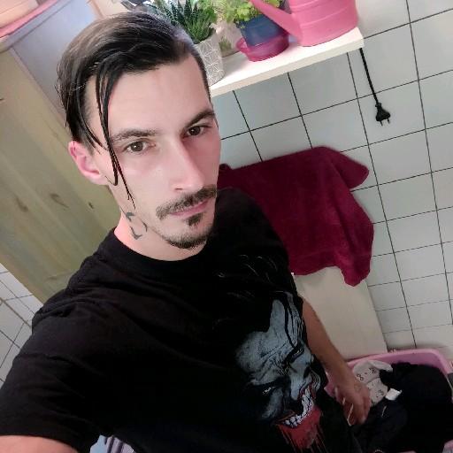 Amok1312's avatar