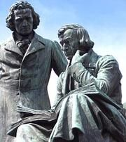 Brothers Grimm' s Statue.jpg