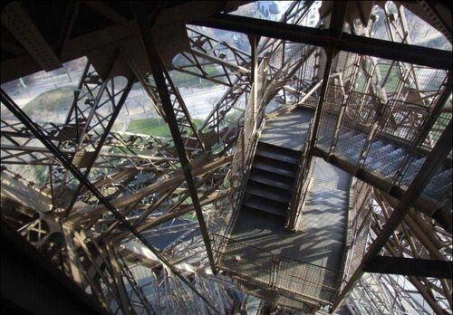 Eiffel Compartment.jpg