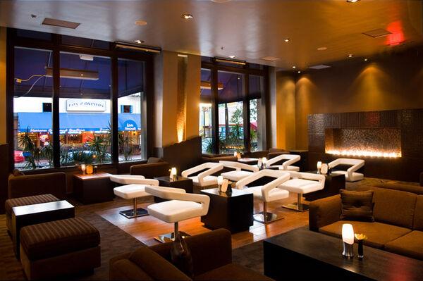 Lounge2 web.jpg