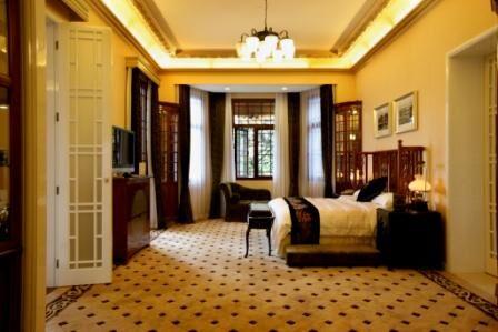 Madrigal Guest Room.jpg