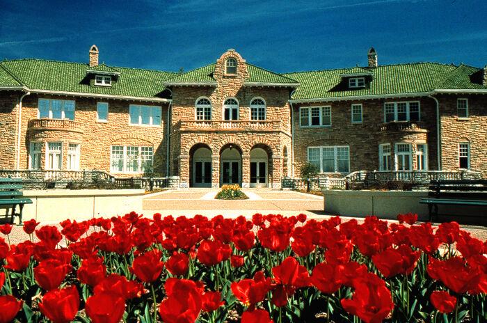 Kabra Mansion.jpg