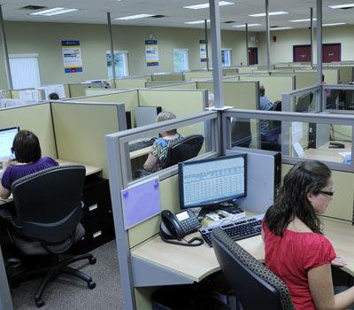 CallCenter312-350x400.jpg