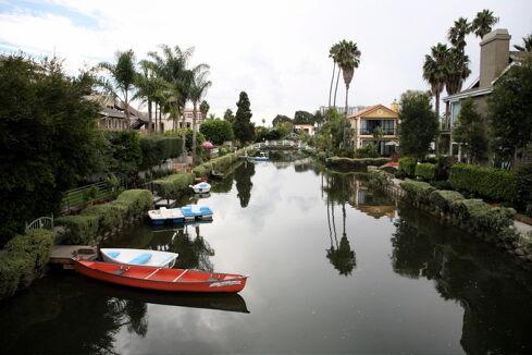 Venice canals 2.jpg