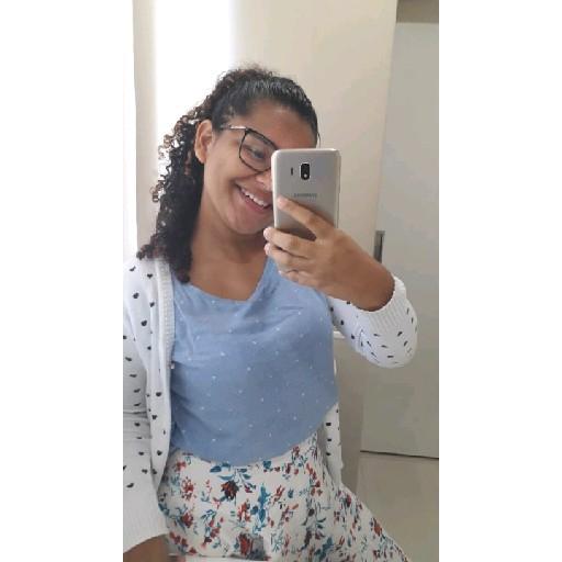 Ryvia Barreto's avatar