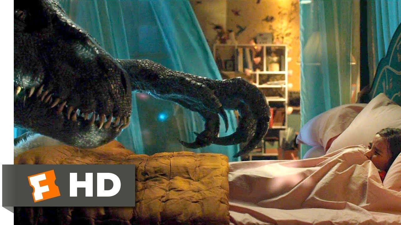 Jurassic World: Fallen Kingdom (2018) - Indoraptor vs. Blue Scene (8/10) | Movieclips