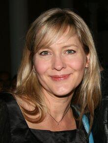 Linda Larkin.jpg