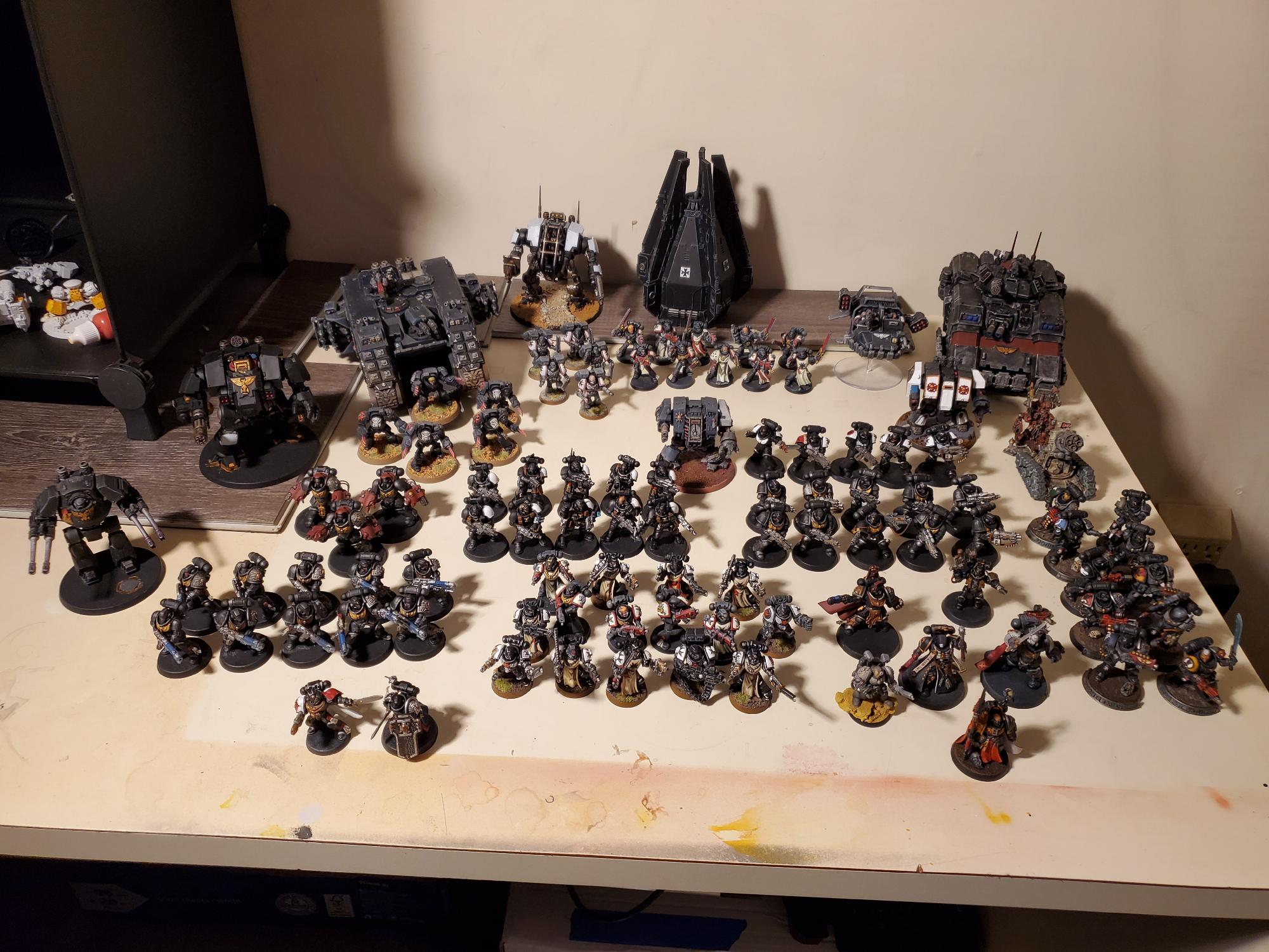 The Black Templars March To War!