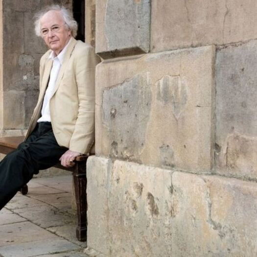 New Year Honours 2019: Philip Pullman receives knighthood