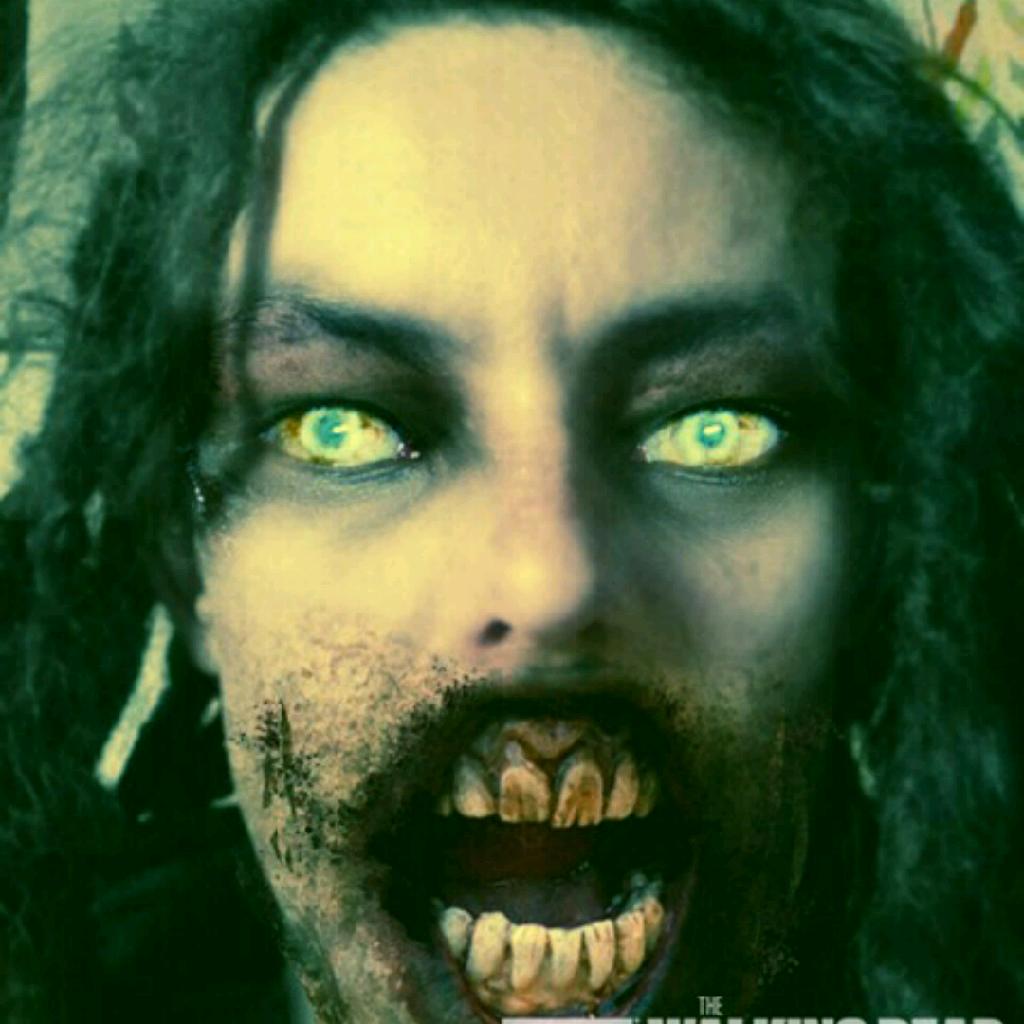 SmackaroniAndBleeds's avatar