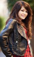 Teen-girl-wearing-leather-jacket-vert