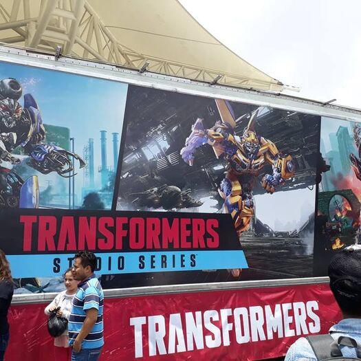 Resultados da Pesquisa de imagens do Google para http://news.tfw2005.com/wp-content/uploads/sites/10/2018/07/15-Autobot-Cinema-Road-Event-In-Mexico.jpg