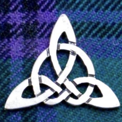 Triquetra33's avatar