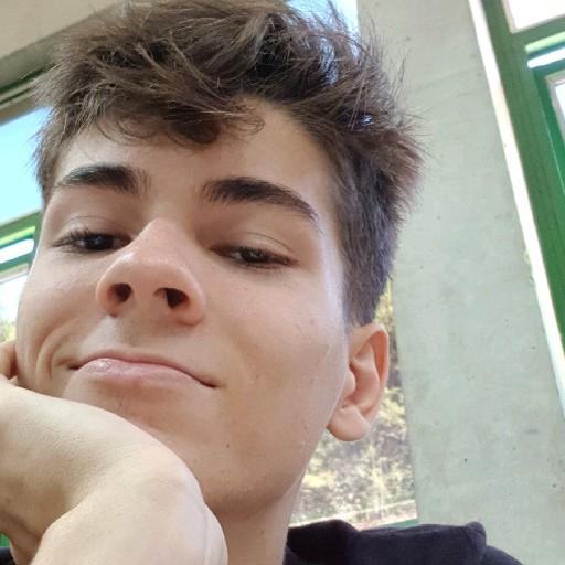 Lucas Eden's avatar