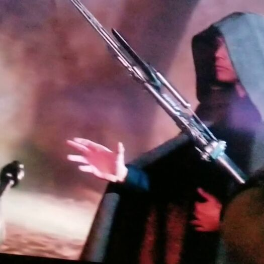 Luke using force choke?