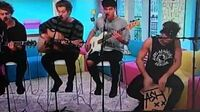 5 Seconds of Summer - Don't Stop - Sunday Brunch