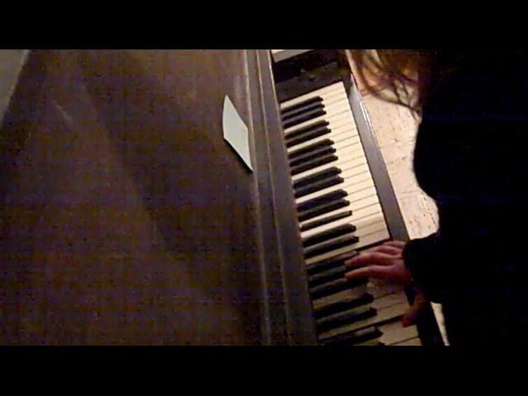 Moonlight Sonata on broken out-of-tune piano