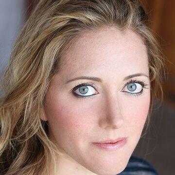 Lindsay Weisberg Cast Portal.JPG