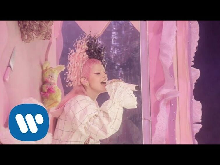 Melanie Martinez - Numbers [Can't Wait Till I'm Out Of K-12] Full HD Performance