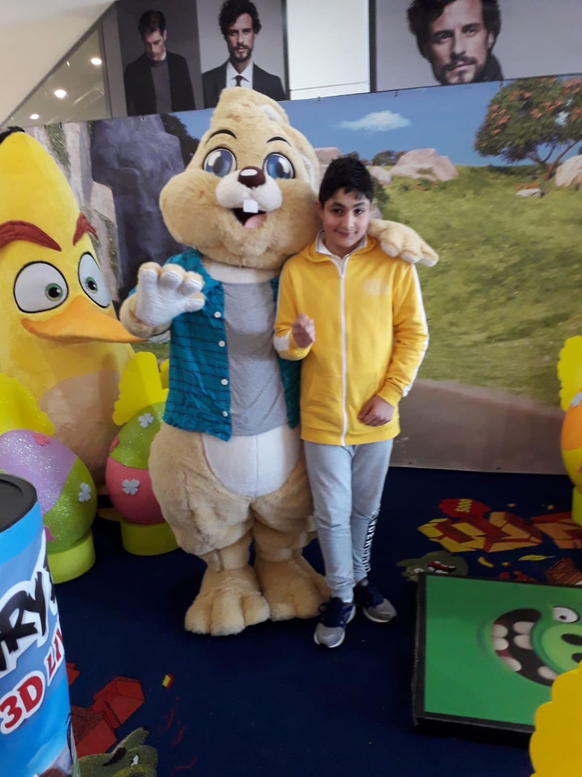 Io e il coniglio con Chunk i piazza grande (Rovigo)