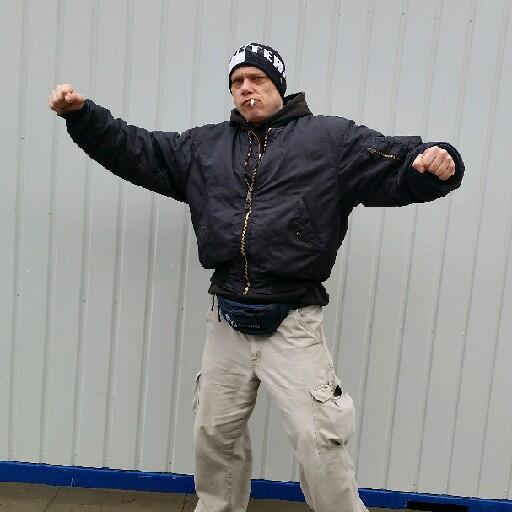 Robert Kosacki's avatar