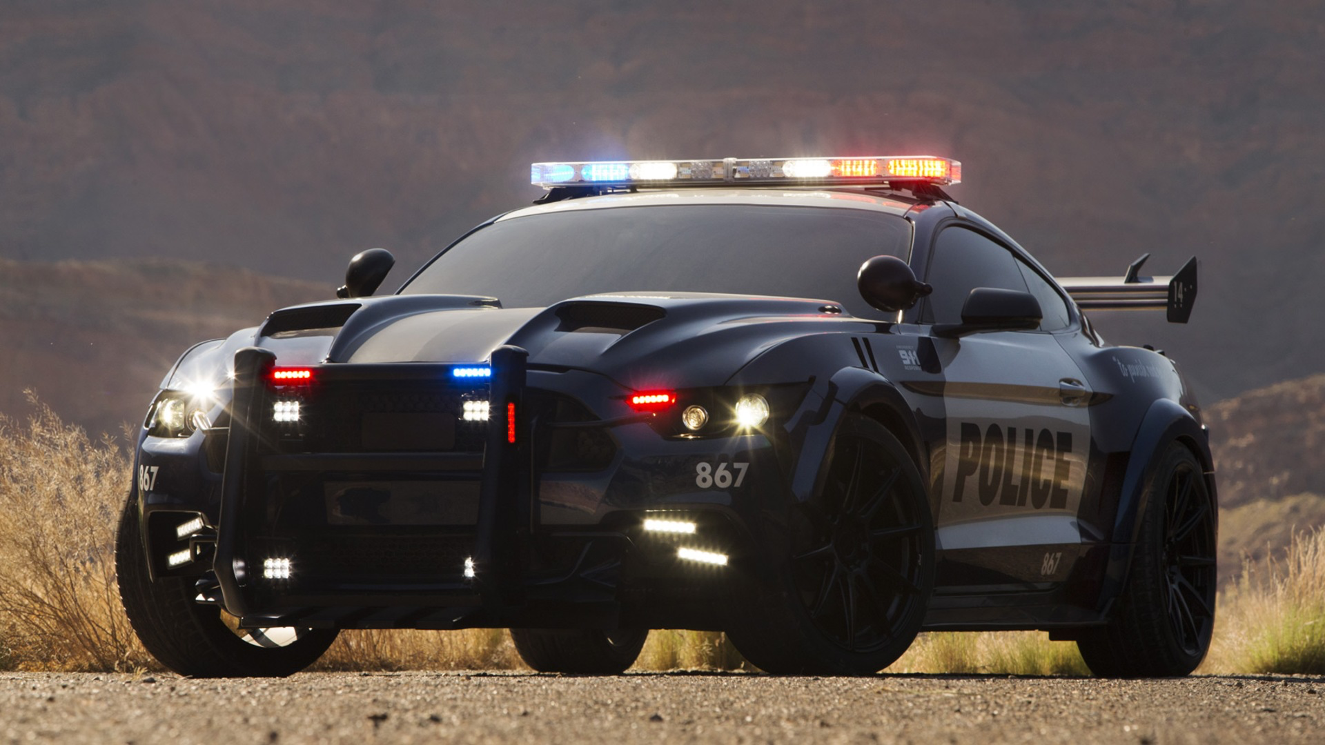 Who wants this in Forza Motorsport 7 and Horizon 4 as a police car? This is from Transformers T.L.K.