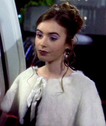 Phoebe Abrams
