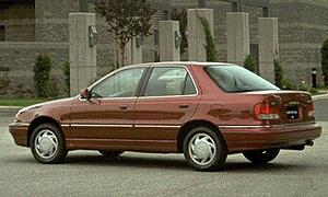 1995 Hyundai Elantra 4DR Sedan (1).jpg