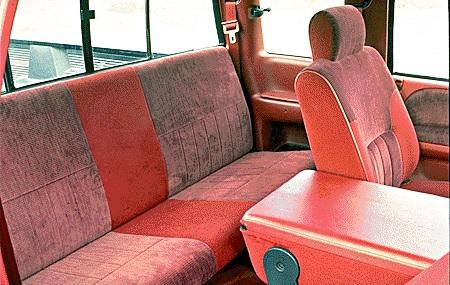 95dodgeram backseat.jpg