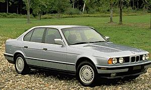 BMW 525i 4DR Sedan (1994).jpg