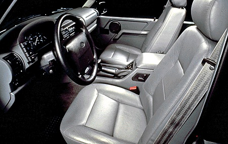 96discovery interior.jpg