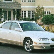 1999 Mazda Millenia.jpg