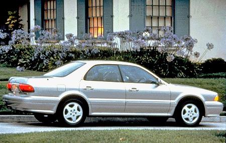 1995 Mitsubishi Diamante 4DR Sedan (2).jpg