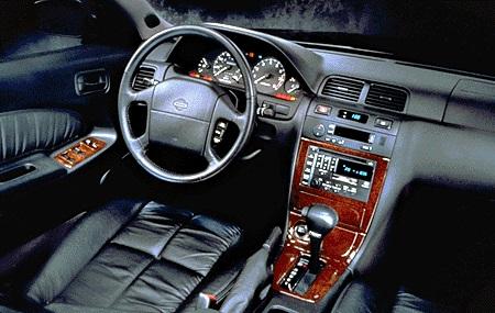 1995 Nissan Maxima GLE Dashboard.jpg