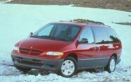 1997 Dodge Grand Caravan LE