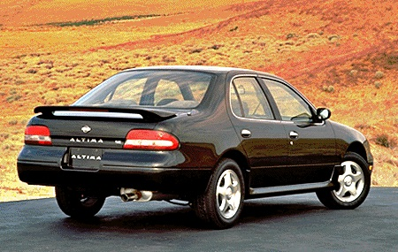 1995 Nissan Altima SE 4DR Sedan.jpg