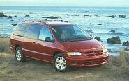 1996 Dodge Grand Caravan ES