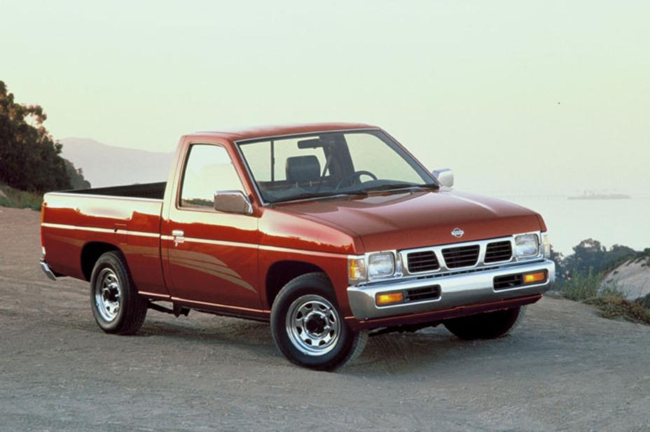 1995 Nissan 4x2 Regular Cab Pickup.jpg