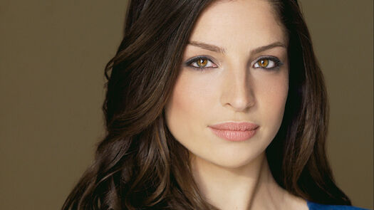 Defiance's Anna Hopkins Joins Syfy's The Expanse in Recurring Season 3 Role
