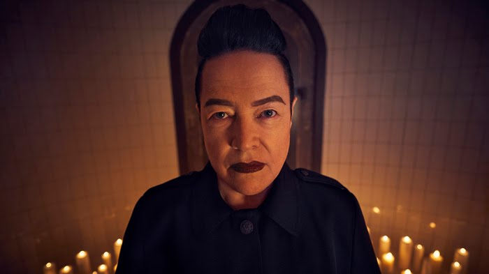 I rally want kathy bates to be in 1984