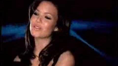 Mandy_Moore_-_Cry