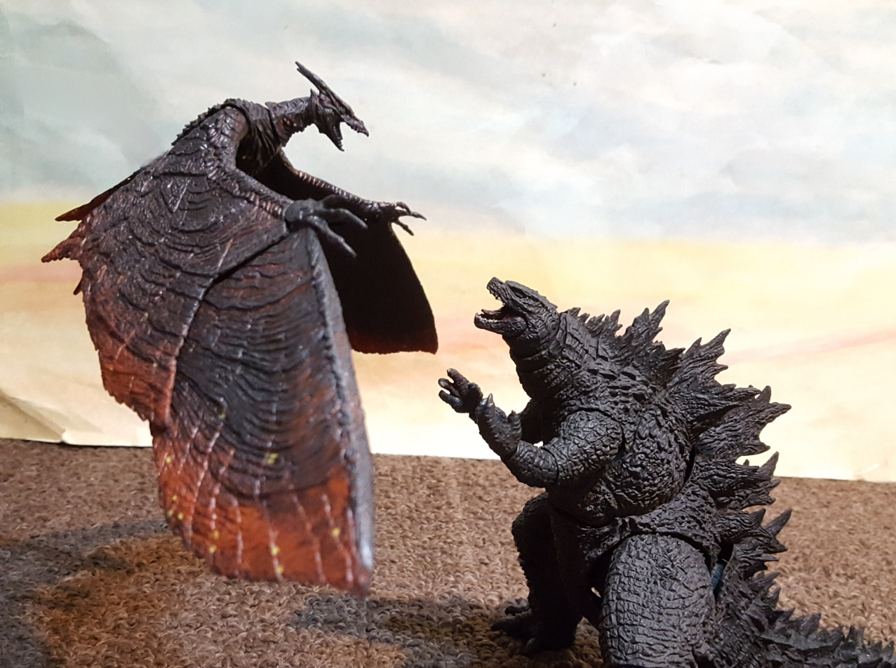 Godzilla 2019 vs rodan 2019 ¿quien gana?