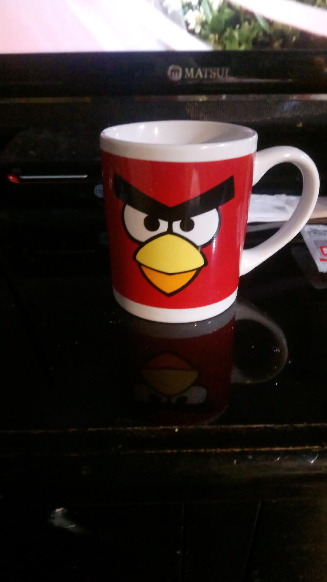 Miren mi taza de Angry Birds