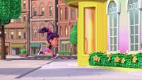 Theme - Abby runs inside