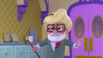 101b - Old man with a spaghetti hairdo